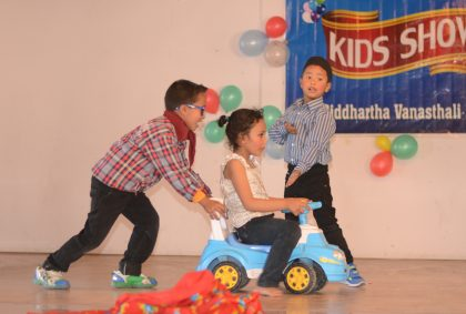 Students on Kids Show